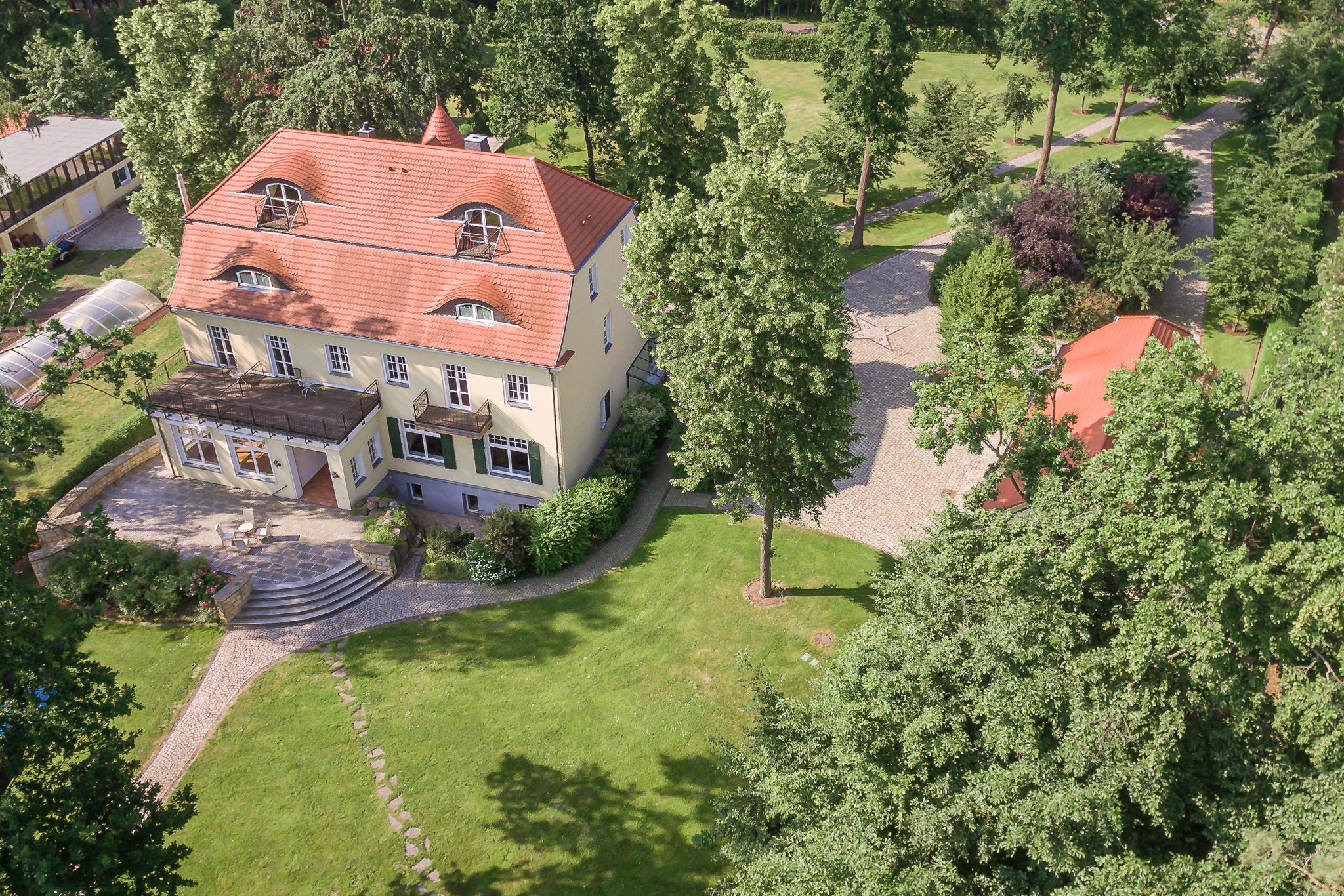 Herrenhaus Hubertushöhe oben