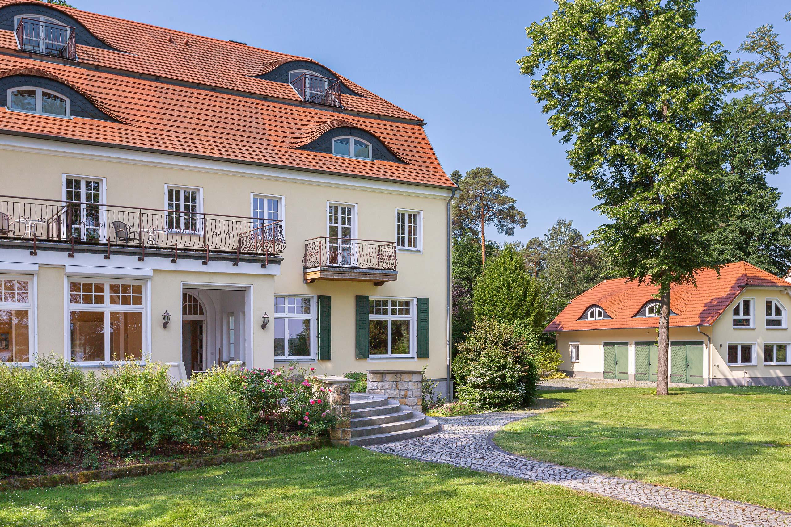 Herrenhaus Hubertushöhe hinten
